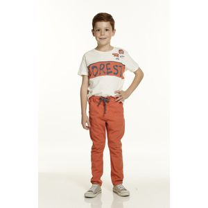 Jogger-color-naranja-ladrillo-con-pretina-resortada-y-cordon-marca-Codelin-para-niño---4
